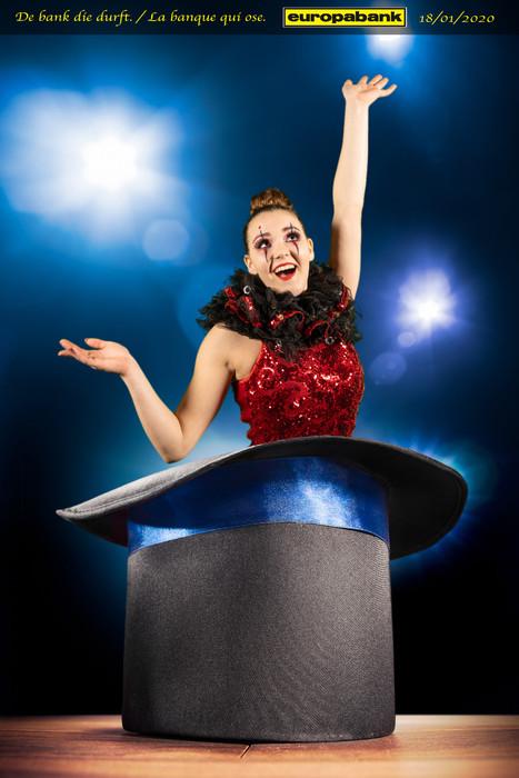 Meisje voor de green screen voor Europabank in het thema van Circus