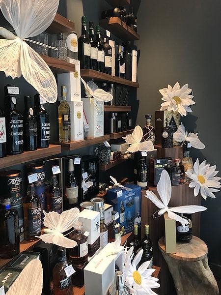 Geschenken en wijnen bij Bistro Le Comptoir in Tongeren