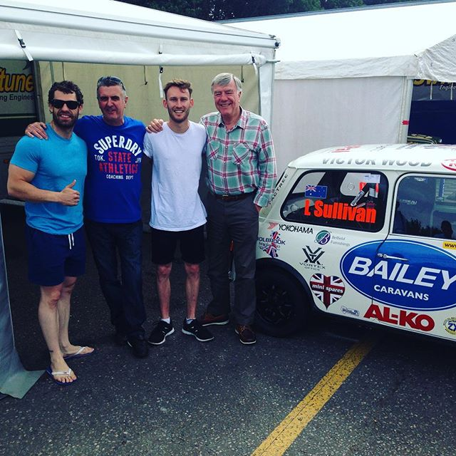 Mike Wilds, some Aussie, Martin Donnelly and Kelvin Fletcher at #brandshatch last year after winning