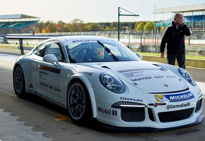 Liam Sullivan receives Carrera Cup GB offers