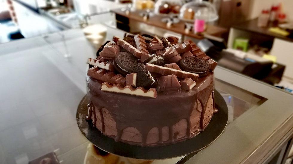 Kinder Chocolate Cake