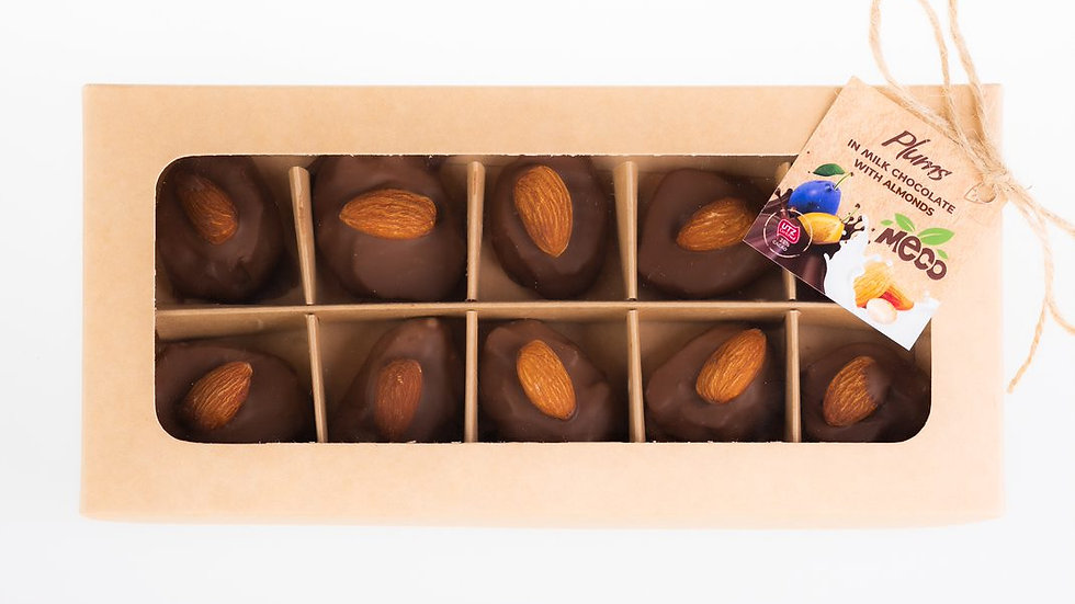 Dried Plums Milk Chocolate with almonds Mix