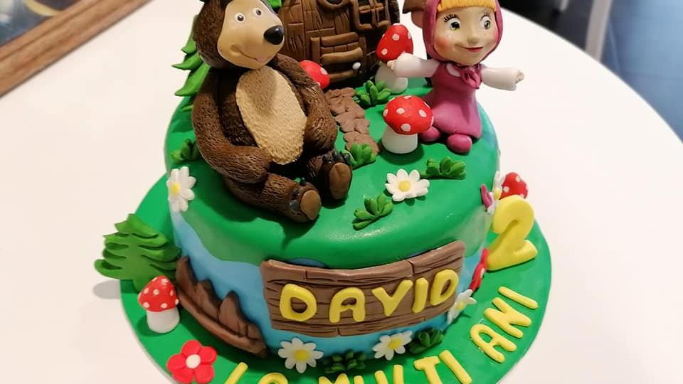 Masha & the Bear art Cake