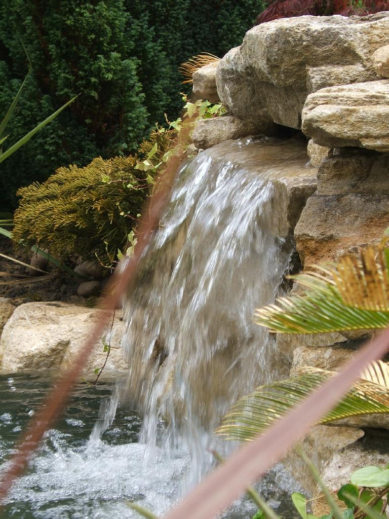 Pond Waterfall Barns Green
