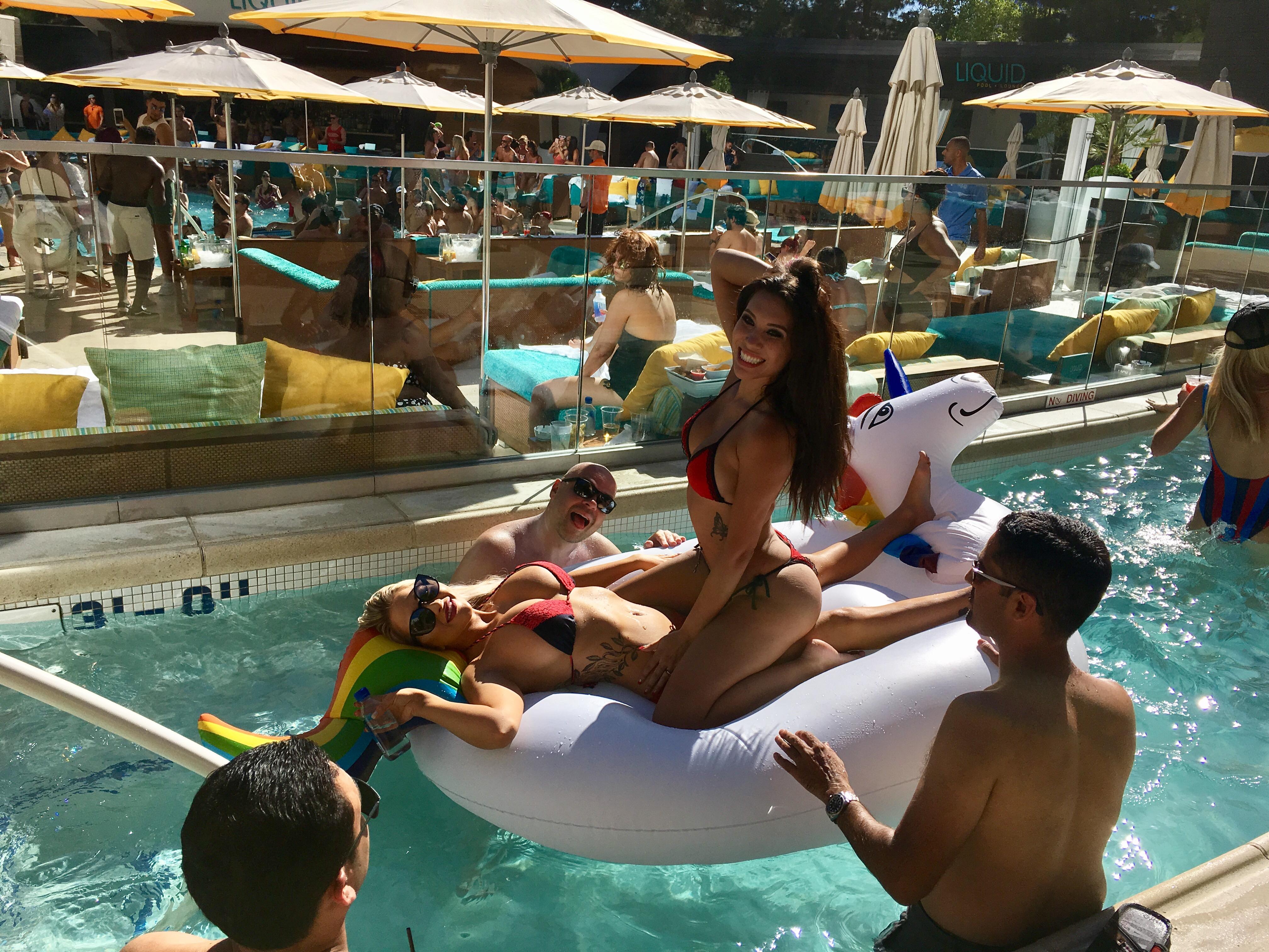Liquid Pool Cabana