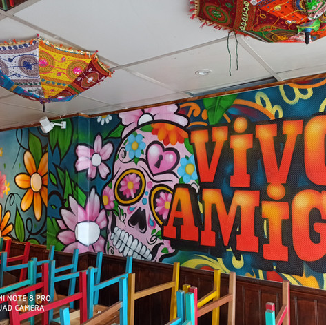 Vivo Amigo Graffiti on inner wall