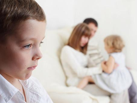 Žárlivost jako příčina nevysvětlitelného chování u dětí