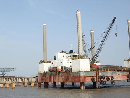 GT Nova offshore crane hiring in India