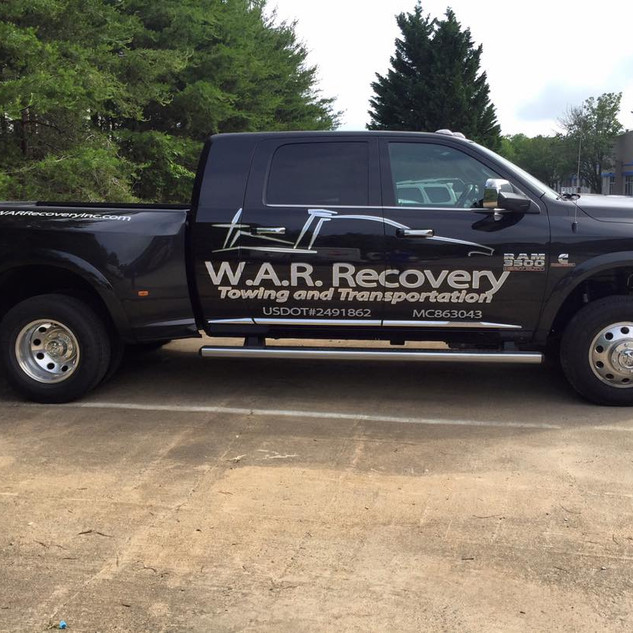 Walker Auto Recovery Dodge Lettering