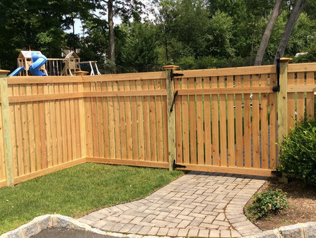 When Is the Right Time for Wood Fence Installation in the Saddle River and Mountain Lakes, NJ, Area?