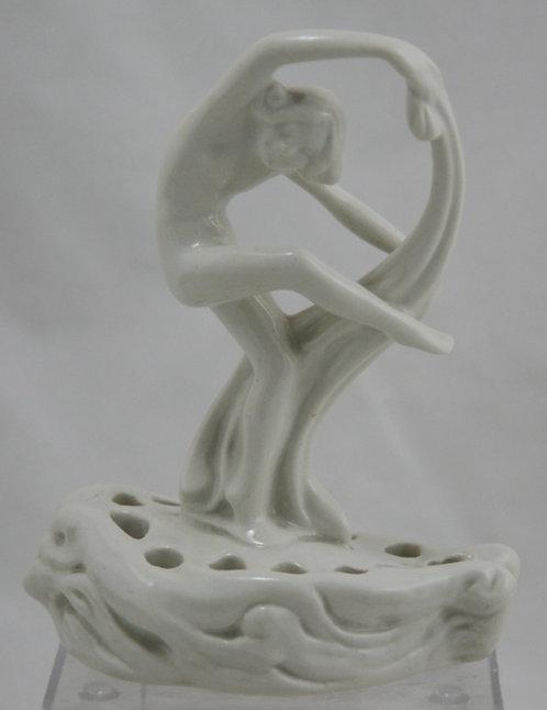 "Cowan 6.25"" Pavlova Nude Flower Frog By Guy Cowan/Sinz Ivory/White Glaze"