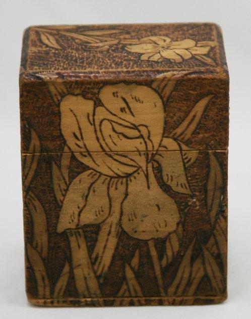 Flemish Art Co. NY Pyrography Wooden Playing Cards Box Irises/Lily Motif c1910