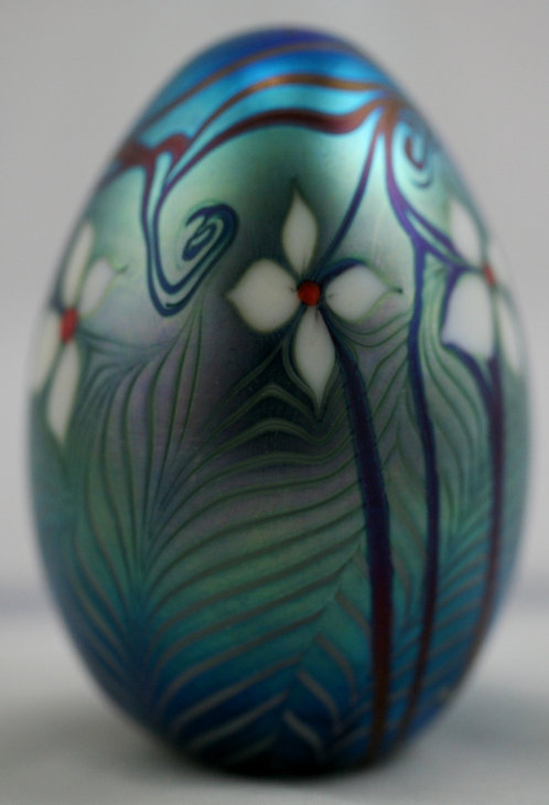 Orient & Flume Blossoms, Vines & Leaves Glass Paperweight d1977 Iridescent Mint