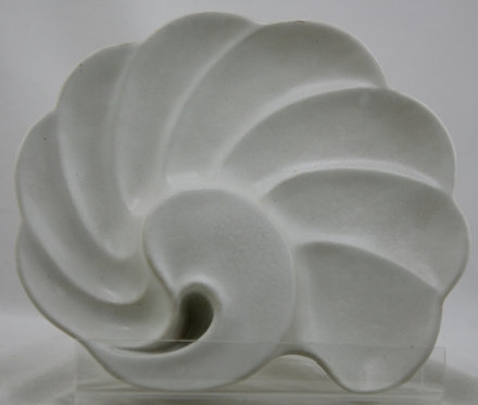 Van Briggle Pottery Scallop Shell Tray in White Matte Glaze c1970