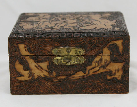 Flemish Art Co. NY Pyrography Wooden Box with Knight/Leaf Motif c1905