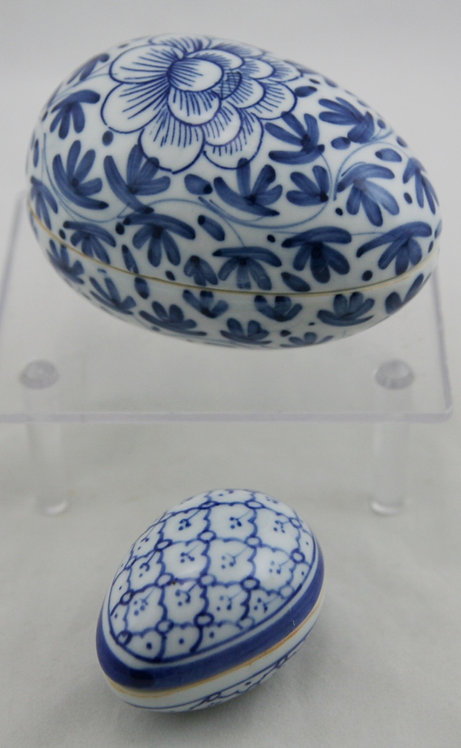 Gump's Thailand Egg Trinket Boxes in Traditional Blue and White