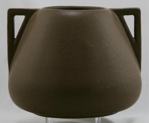 Fulper 65 X 825 Arts Crafts Urnvase In Rich Matte Brown Glaze