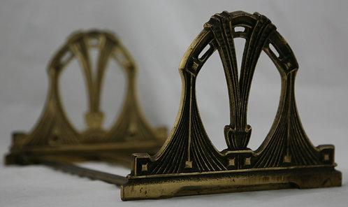 H.L. Judd Company Art Nouveau Expandable Book Rack c1920s