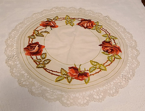 """Vintage Arts & Crafts Linen Table 26"""" Round With Roses Motif"""