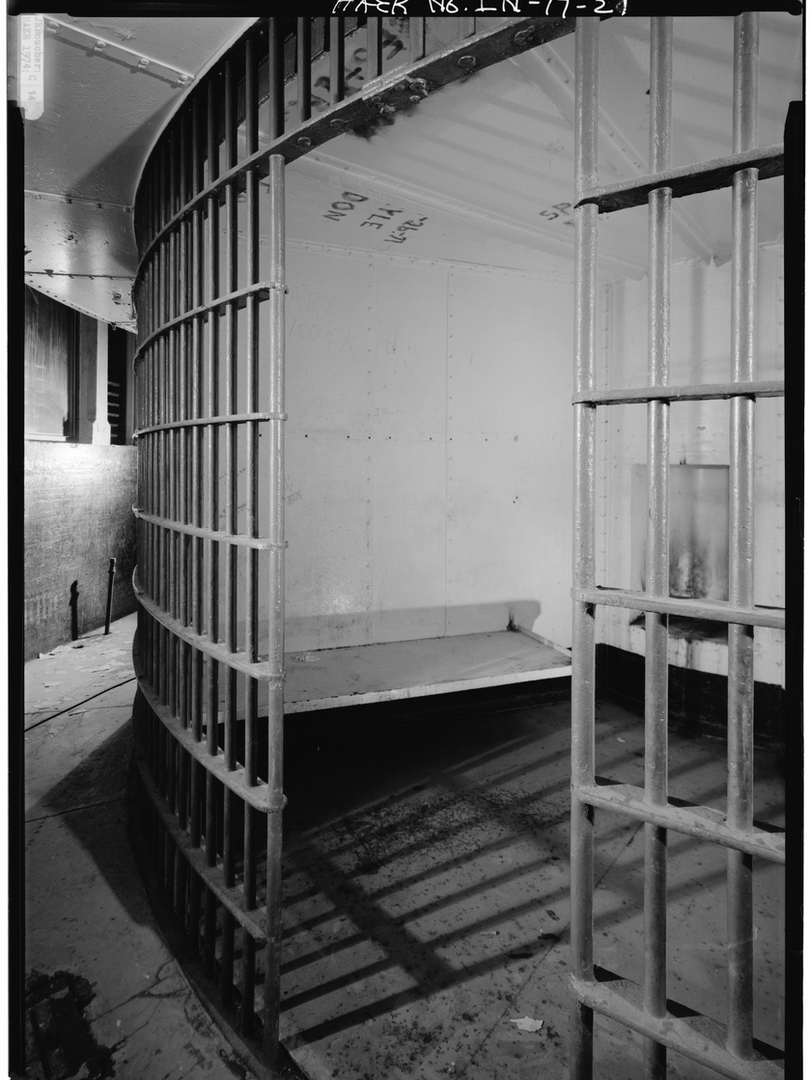 1974 - TYPICAL CELL FIRST DECK.tiff