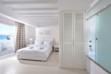 Petinos Seabreeze room.jpg