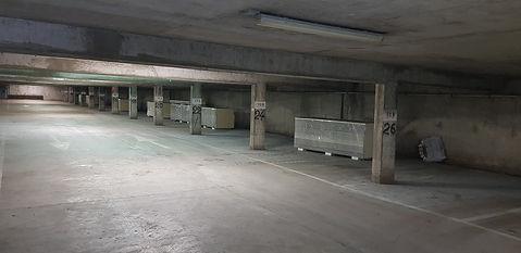 Parking de la Madeleine avant le boxage de la société - FIMAD