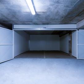 Notre solution pour fermer un parking en box