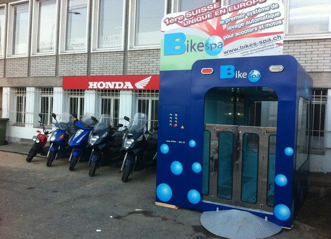 Bike Spa Switzerland half door.jpg