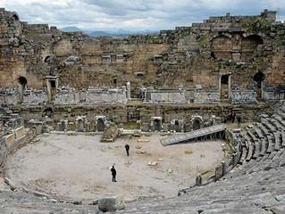 2 bin Yıllık Antik Tiyatroya İlk Restorasyon