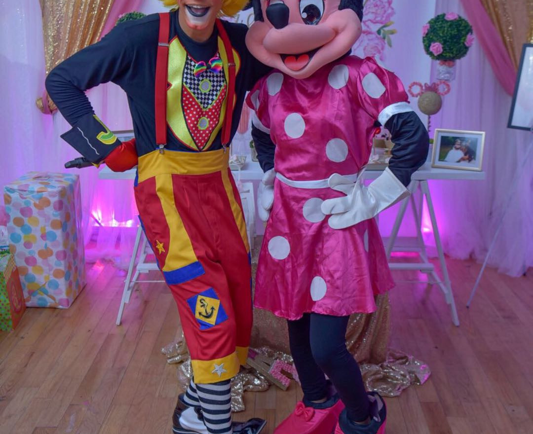 minnie mouse and kikito