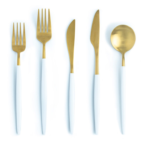 Set of spoons