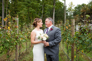 Christine & Tim | Grey Horse Vineyard, Virginia Wedding Photographer