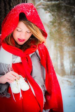 Winter Maternity Photographer