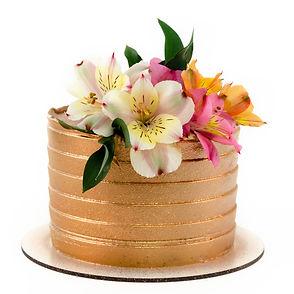 Bolo artístico espatulado com flores no topo para presente de dia dos namorados, para casais apaixonados e românticos.