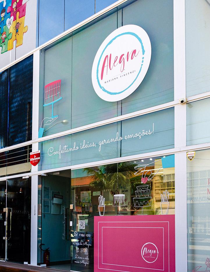 Fachada da loja Alegra Confeitando Ideias de confeitaria artística e bolos temáticos em Florianópolis