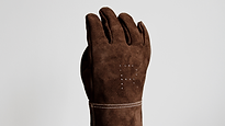 SPECIALPROJECTS_GLOVE1.png
