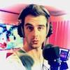 In de studio van Qmusic België tijdens mijn radioshow