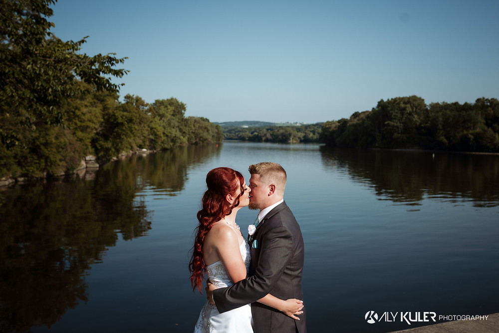 River's Edge Cafe Wedding