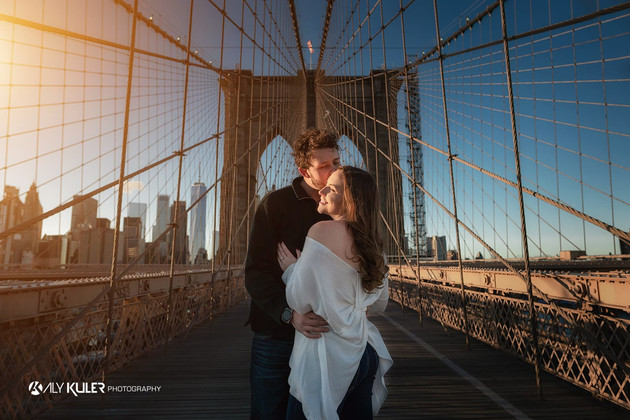 Brooklyn_Bridge_NYC_Engagement_photos_Al