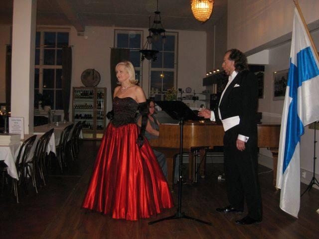 Suomi-Unkari konsertti Kaks Ruusua