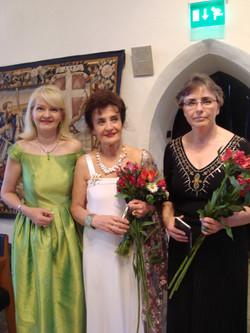 Wilma, Tiina ja Ellu Tallinna Raatihuone 2014.JPG