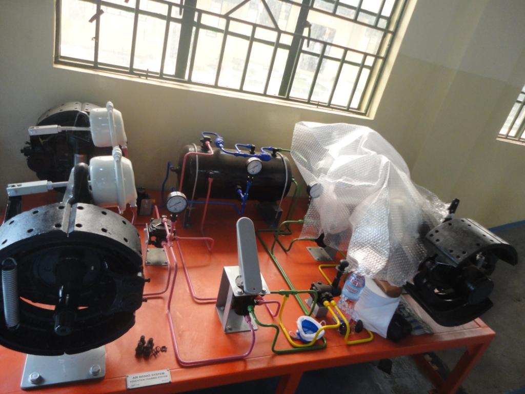 Automechanics Training Equipment