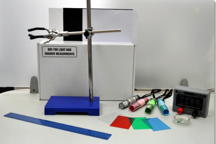 LGT-KIT  Light kit for physics