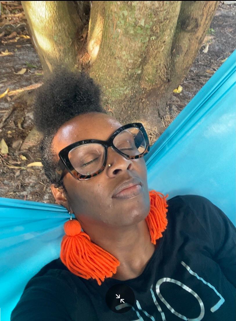 A 3-minute hammock break #hammocktime #daydream #rest