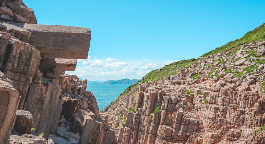 大炮石👻 外島既岩石長年風化,隨時有鬆脫、崩塌既機會⛰️ 大家黎到要衡量風險🚶