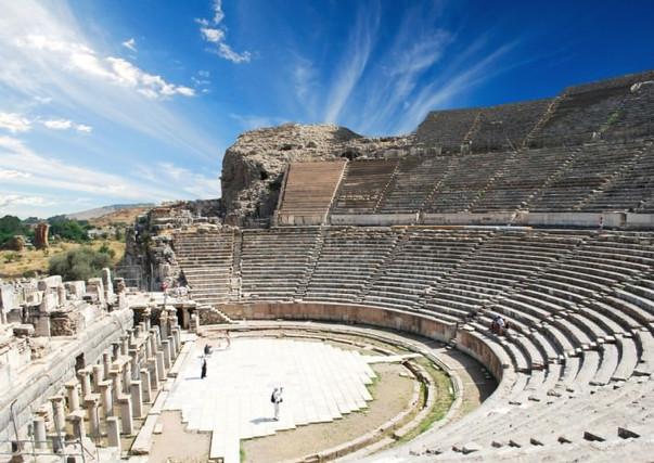 Ephesus-Efes-Turkey.jpg
