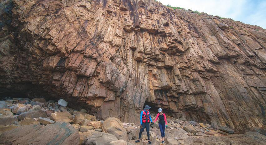 六角奇石岩壁