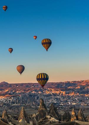hot-air-balloons-scenic-cappadocia-turke