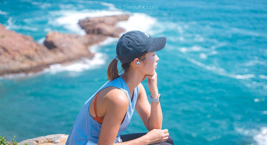 坐係石上,面向海風,感覺自己都係大自然既一部分🌬️