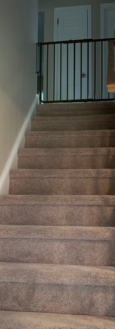 (96) STAIRS-LANDING.JPG